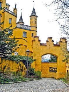 ปราสาทโฮเฮนชวานเกา 1